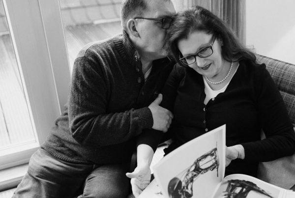 Sabine Lahme ist Inhaberin der Lebens-Linie | Beratung - Coaching - Wandel. Düsseldorfs erste Adresse für Paar- und Eheberatung sowie Beziehungs-Coaching. – In Beziehung leben und trotzdem autonom sein.
