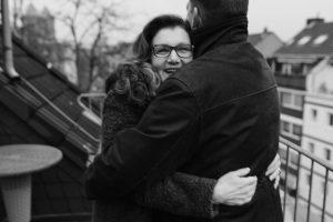 Sabine Lahme ist Inhaberin der Lebens-Linie | Beratung - Coaching - Wandel. Düsseldorfs erste Adresse für Paar- und Eheberatung, Beziehungs-Coaching und Mediation. – Angstfrei leben in Zeiten von Corona.