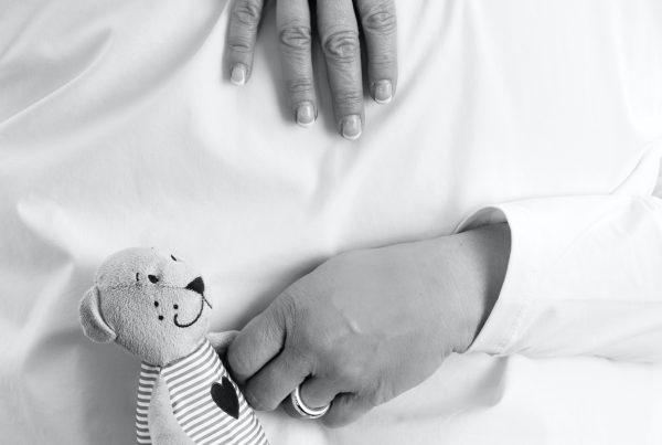 Sabine Lahme ist Inhaberin der Lebens-Linie. Düsseldorfs erste Adresse für Paar- und Eheberatung sowie Beziehungs-Coaching-Wer Lachen kann hat mehr Lebensfreude. Paar bleiben und trotzdem Eltern sein.