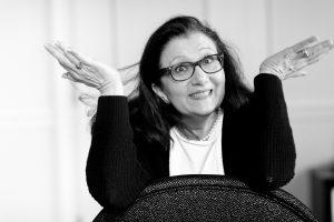 Sabine Lahme ist Inhaberin der Lebens-Linie. Düsseldorfs erste Adresse für Paar- und Eheberatung, Mediation sowie Beziehungs-Coaching – Der innere Zweifel