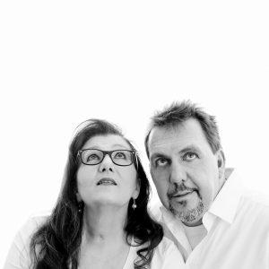 Sabine Lahme ist Inhaberin der Lebens-Linie. Düsseldorfs erste Adresse für Paar- und Eheberatung, Mediation sowie Beziehungs-Coaching – Als Pessimist werden wir nicht geboren.