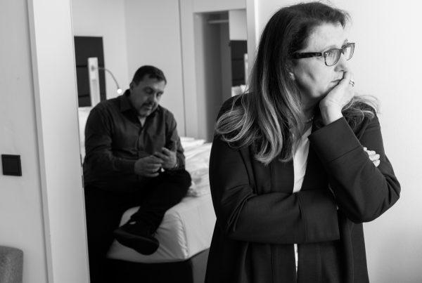 Sabine Lahme ist Inhaberin der Lebens-Linie. Düsseldorfs erste Adresse für Paar- und Eheberatung, Mediation sowie Beziehungs-Coaching – Ein schlechtes Gewissen haben.